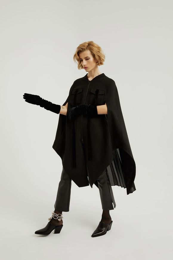 Picture of Wool Cape